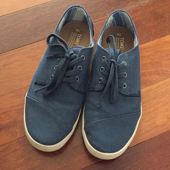 4afafb6852e Men s TOMS paseo lace up shoes. M 5b1b263b9539f70bb3efbeaf